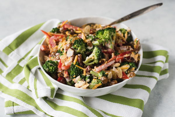 Golden Raisin and Broccoli Salad