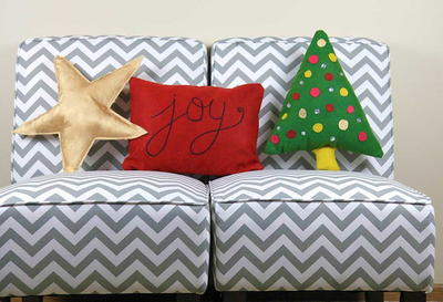 30 Minute Cute Christmas Pillows