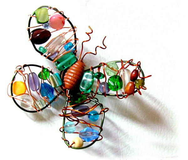 Diy Wire And Bead Butterfly Magnet Favecrafts Com