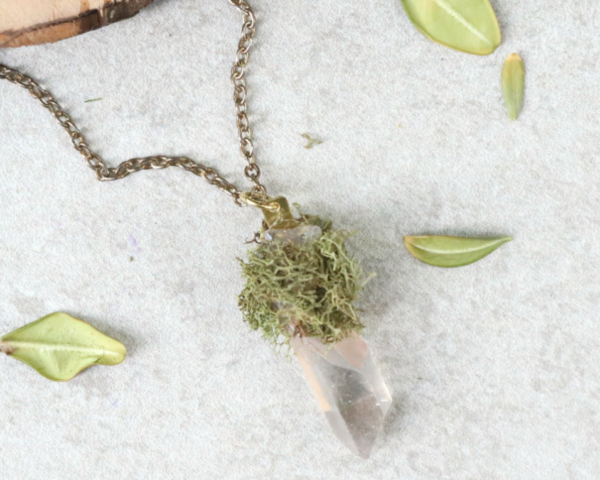 DIY Moss and Crystal Pendant