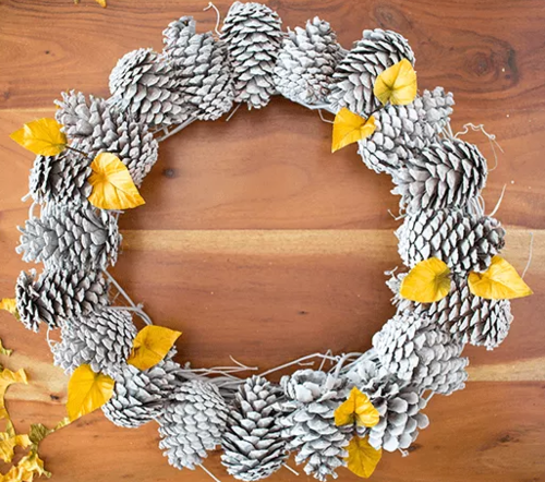 Homey Pinecone Wreath