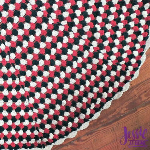 Granny Stripe Tree Skirt
