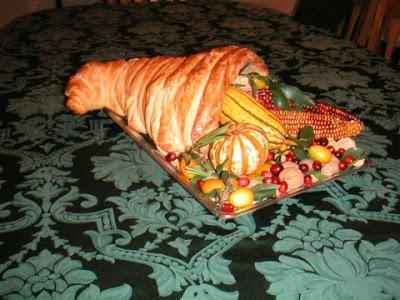 How to Make a Bread Cornucopia