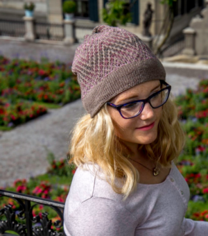 Zig and Zag Knit Hat Pattern