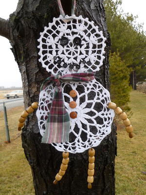 Darling Doily Snowman
