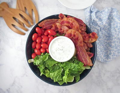 BLT Salad with Ranch Dressing