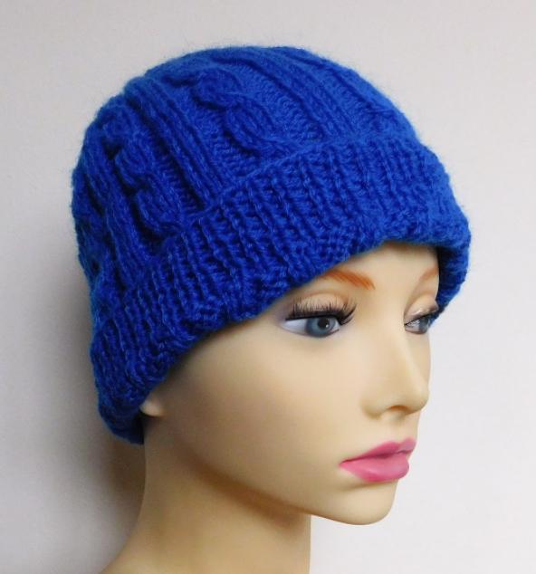 Cozy Cable Knit Hat Pattern | AllFreeKnitting.com