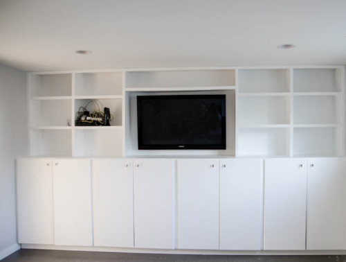Huge DIY Built-in Shelving Unit