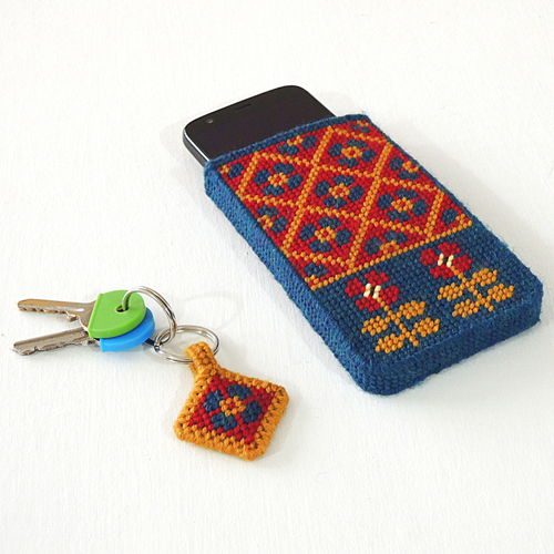 Easy Hand Stitched Fair Isle Phone Pouch