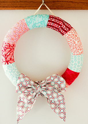 Bright DIY Holiday Wreath