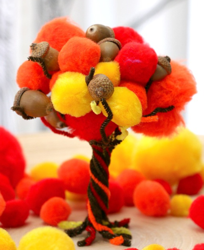 Fall Pom Pom Pipe Cleaner Tree