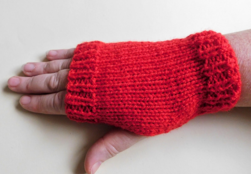 Super Easy Knit Fingerless Gloves AllFreeKnitting.com