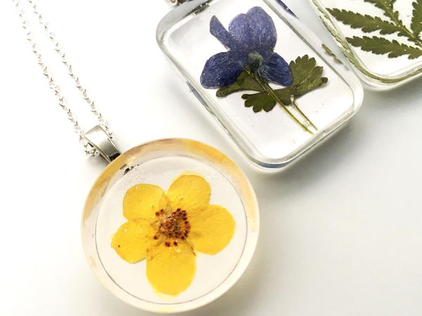 How to Make Real Flower Jewelry