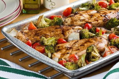 Sheet Pan Balsamic Chicken and Veggies