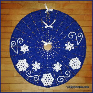 Fabulous Flurries Crochet Tree Skirt