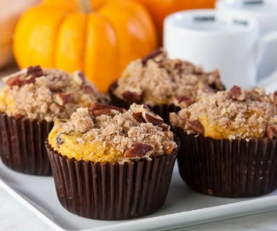 Fall-Favorite Pumpkin Streusel Muffins