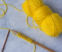 Condo Knitting: Knitting with Two Different Size Needles