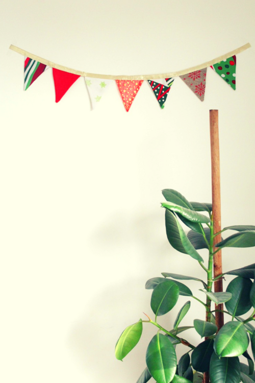 Christmas Fabric Bunting Tutorial