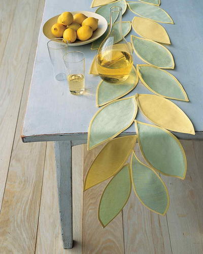 Leafy Table Runner Pattern