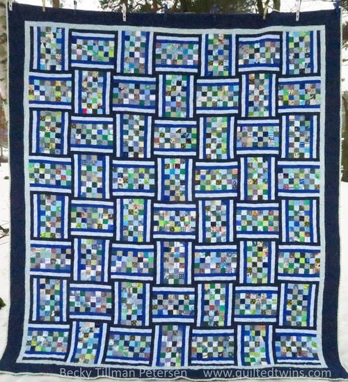 Banded Checkerboard Quilt Pattern