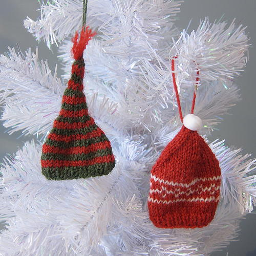 Knit Tiny Hat Ornaments