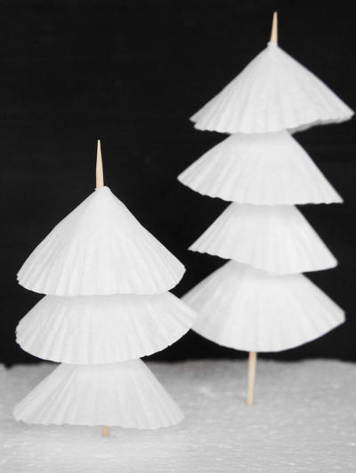 Easy Paper Christmas Tree Decorations