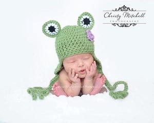 Frog Hat with Feet Ties