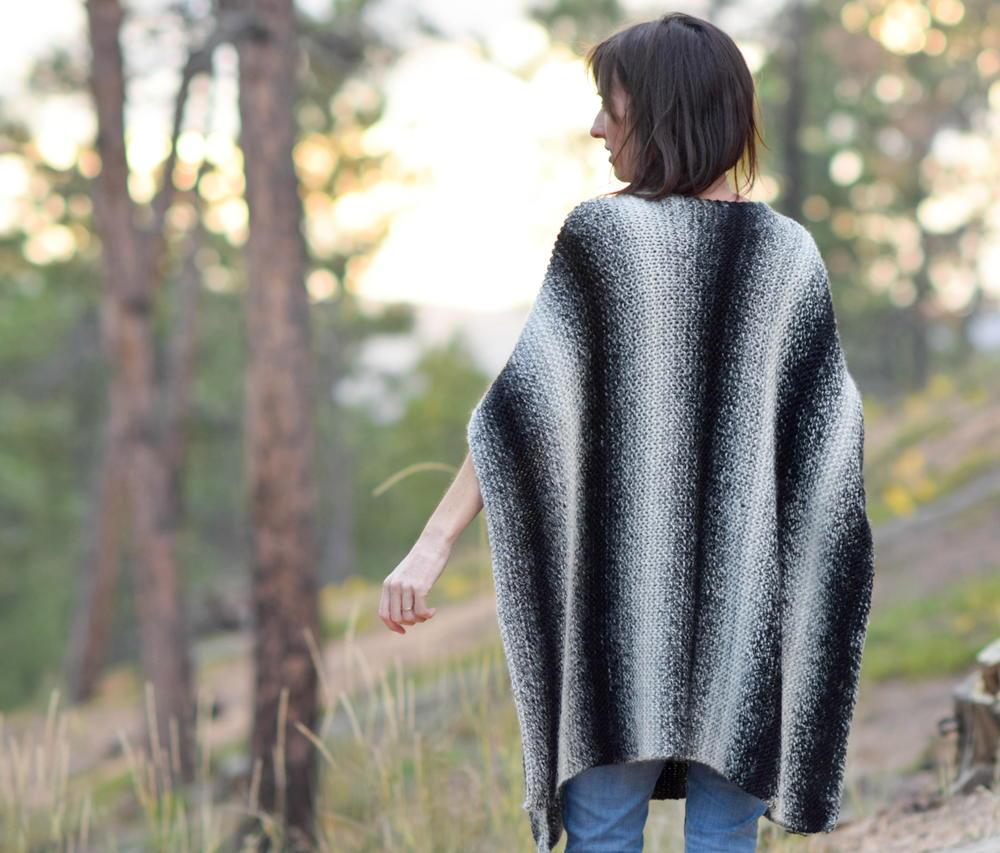 Beginner Knitting Poncho : Aspen relaxed knit poncho allfreeknitting