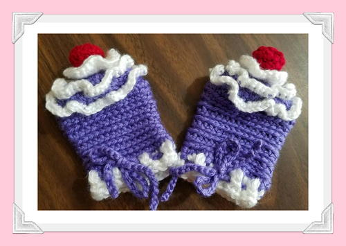 Patty Cakes Baby's First Mittens