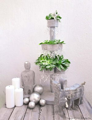 Tin Can Succulent Christmas Tree