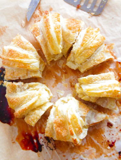 Easy Apple Puff Pastry Ring