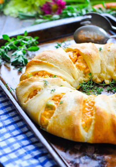 Buffalo Chicken Dip Crescent Ring