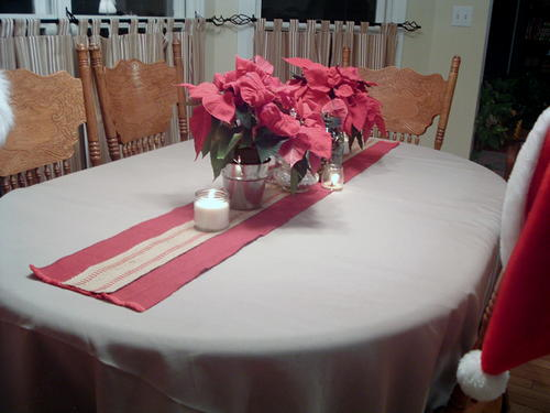 No-Sew Christmas Table Runner