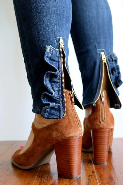 DIY Ruffled Zipper Jeans