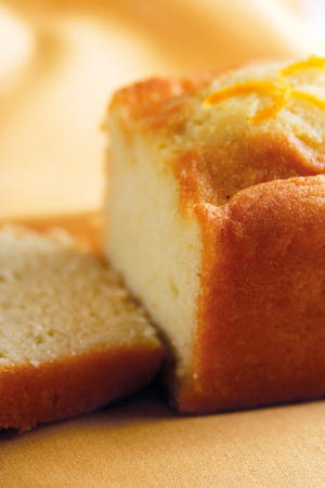 Orange and Saffron Yogurt Cake