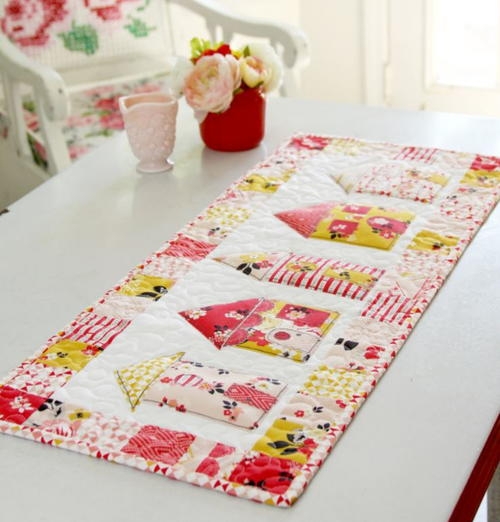 Vintage Daydream Table Runner Pattern