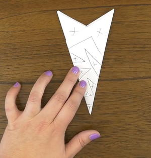 How to Make Easy Paper Snowflakes   FaveCrafts com