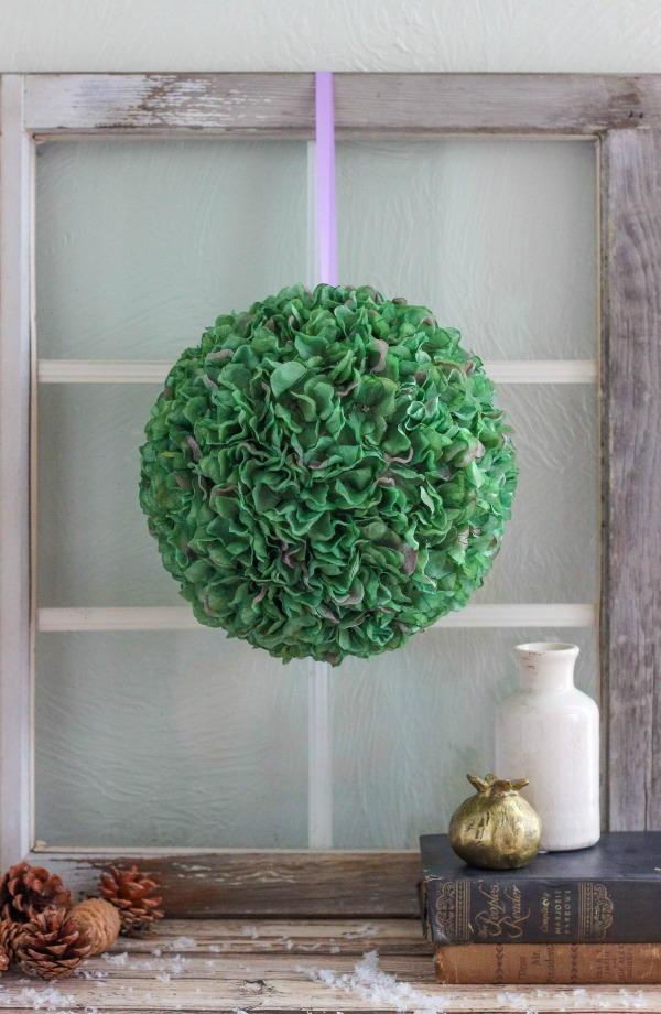 Diy Hydrangea Ball Allfreeholidaycrafts Com