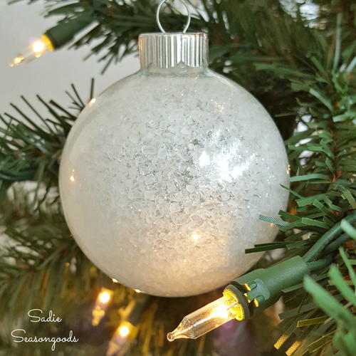 Frosty, Icy No-Mess Ornaments