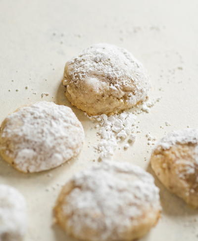 So Easy Snowball Cookies