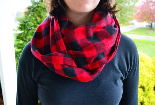 No Sew Infinity Scarf Tutorial