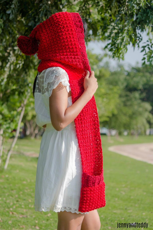 The Red Riding Hood Pocket Scarf Favecrafts Com