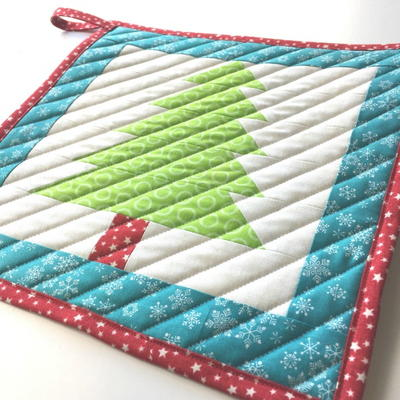 Christmas Tree Pot Holder Tutorial