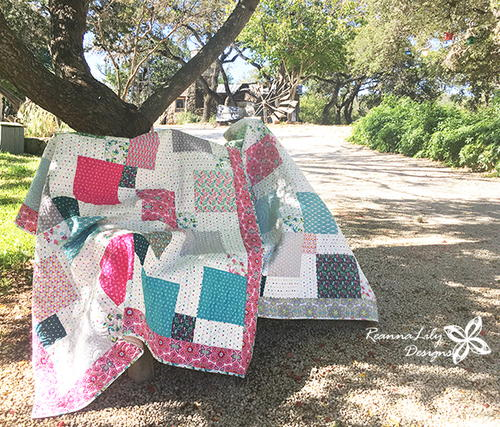 Layer Cake Disappearing 9-Patch Baby Quilt_1