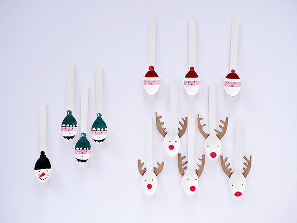 Festive Painted Plastic Spoon Craft