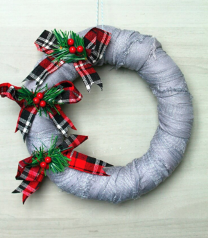 Adorable Recycled Scarf Christmas Wreath