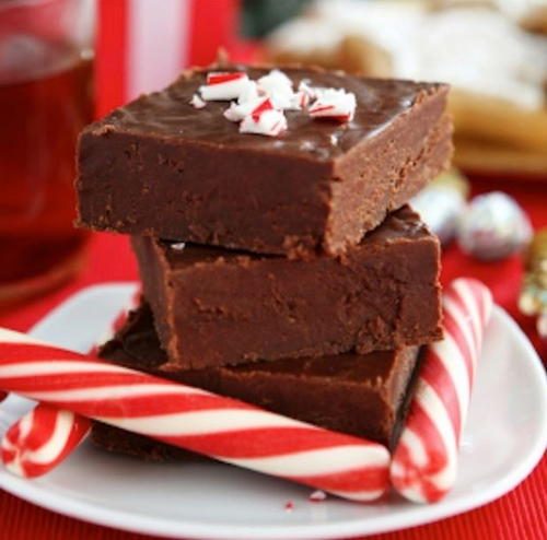 Slow Cooker Peppermint Chocolate Fudge