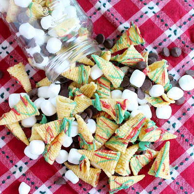 Christmas Crunch Snack Mix Recipe