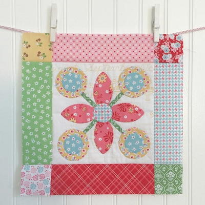 Spring Flower Blossom Block Tutorial