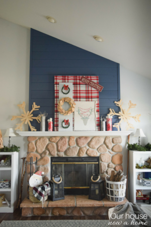Christmas Fireplace Mantel Decoration Idea Diyideacenter Com